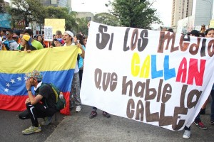 Protest by students continues in Venezuela