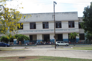 "Instituto Pre Universitario ""Saúl Delgado"""