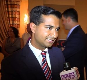 Carlos Curbelo (Foto: YouTube)