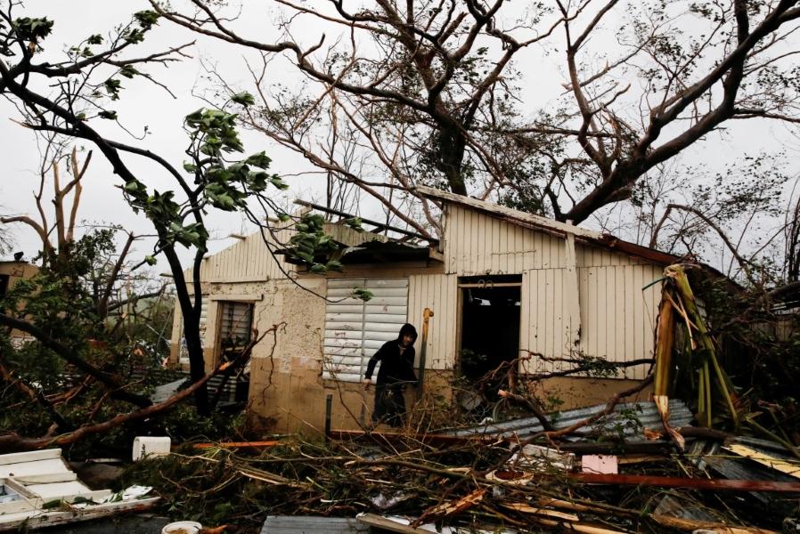 Gobierno cubano ofrece enviar ayuda humanitaria a puerto - Puerto rico huracan maria ...