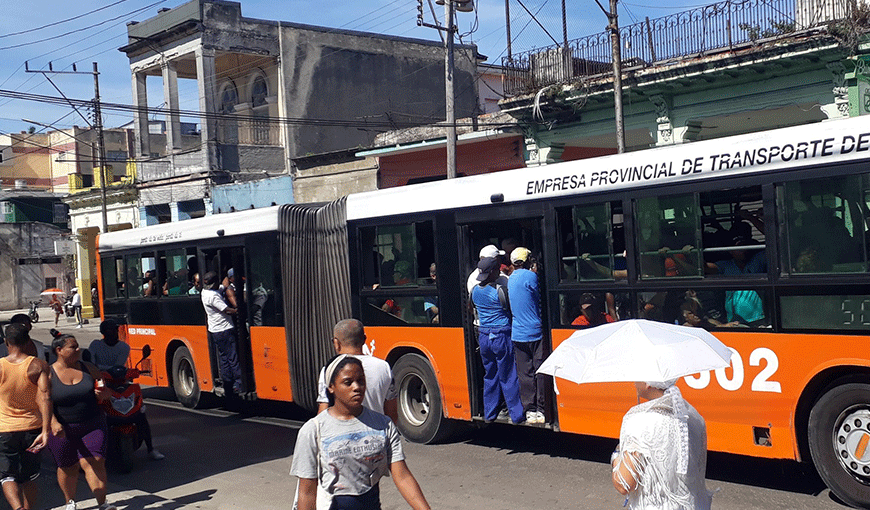 Cuba; Crisis;